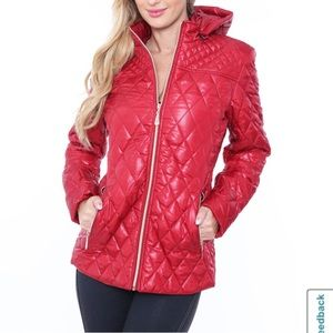 White Mark hooded midweight puffer jacket red